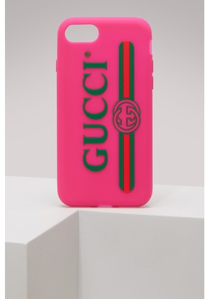 Rubber iPhone 7 Plus case with Gucci logo
