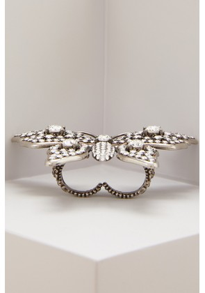 Butterfly multifinger ring