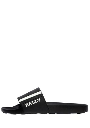 RUBBER SLIDE SANDALS W/ STRIPES