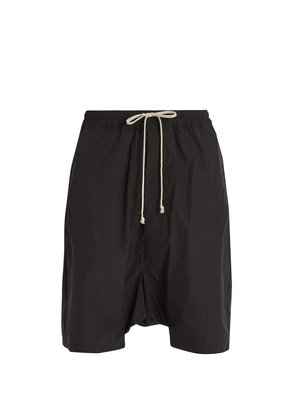 Patch-pocket dropped-crotch shell shorts