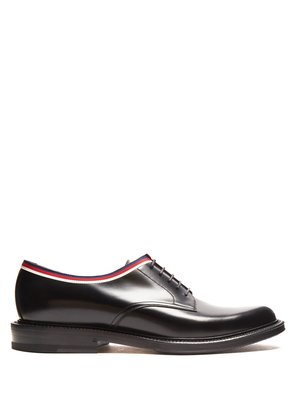 Web-trimmed leather derby shoes