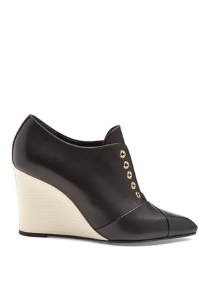 Point-toe leather wedges