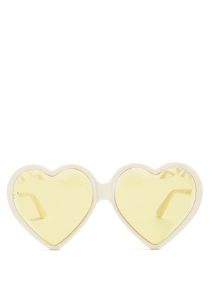 Heart-shaped frame tinted sunglasses