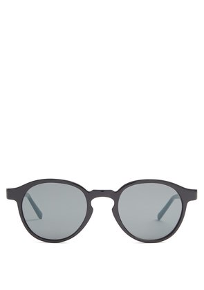 The Iconic Series acetate sunglasses