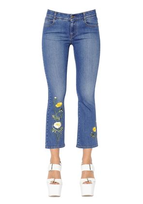CROP FLARED FLORAL STRETCH DENIM JEANS