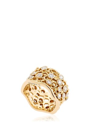 DENTELLE GOLD RING WITH DIAMONDS