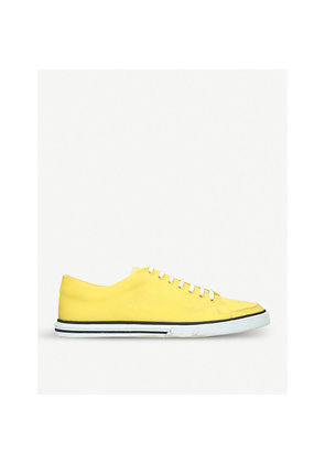 Match canvas trainers