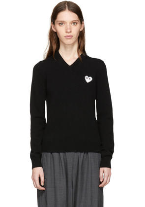 Comme Des Garçons Play Black and White Heart Patch V-neck Sweater