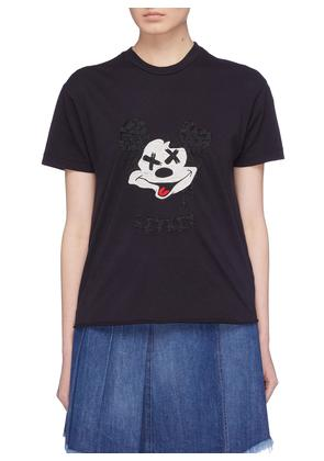 'The Two Hundred' graphic embroidered T-shirt
