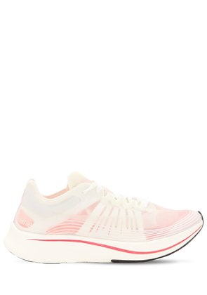 ZOOM FLY SNEAKERS