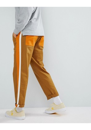 ASOS DESIGN Skater Cropped Trousers In Tan With Double Side Stripe & Elasticated Waist - Tan
