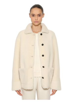 REVERSIBLE SHEARLING SHORT COAT