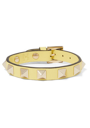 Valentino - Valentino Garavani The Rockstud Leather And Gold-tone Bracelet - Pastel yellow