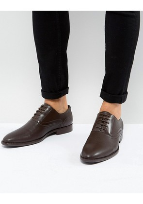 ASOS Oxford Shoes In Brown Faux Leather With Emboss Detail - Brown