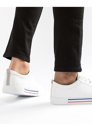 ASOS DESIGN Lace Up Plimsolls In White With Navy And Red Detailing - White
