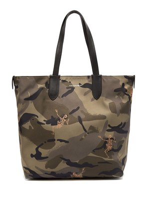 Dancing Skeleton camouflage-print tote bag
