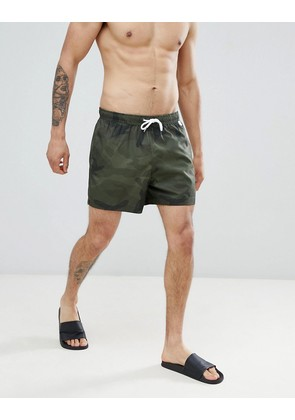Abercrombie & Fitch 5 Inch Camo Print Swim Shorts in Green - Green