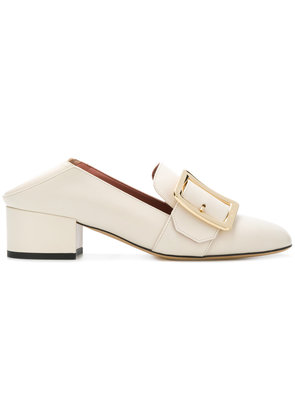 Bally side brooch embellished pumps - White