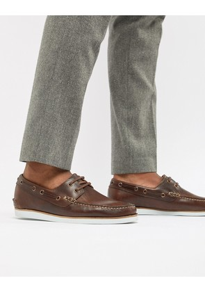 ASOS DESIGN Boat Shoes In Brown Leather With White Sole - Brown