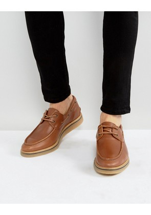 ASOS Boat Shoes In Tan Leather With Gum Wedge Sole - Tan