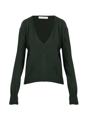 Deep V-neck cashmere sweater