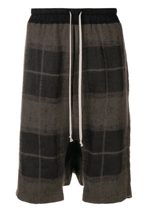 Rick Owens checked print loose shorts - Brown