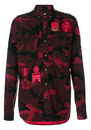 Valentino badge camouflage button down shirt - Red