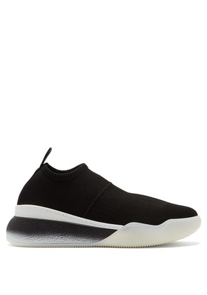 Low-top sock trainers