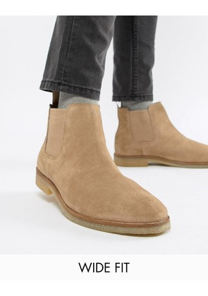 ASOS DESIGN Wide Fit chelsea boots in stone suede with natural sole - Stone