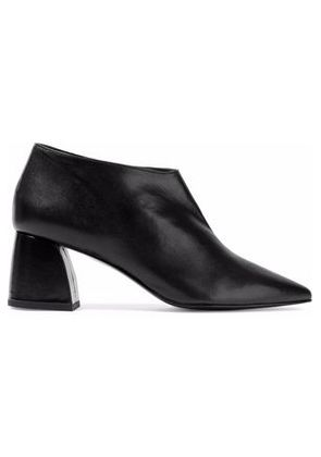 8 Woman Leather Ankle Boots Black Size 40
