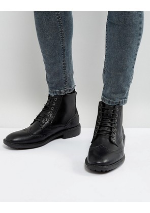 Brave Soul Brogue Boots In Black - Black