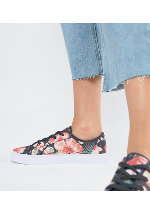 ASOS DESIGN Daisy Trainers - Floral canvas