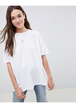 ASOS DESIGN super oversized t-shirt with drop shoulder in white - White