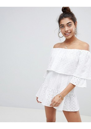 ASOS DESIGN Broderie Playsuit - White