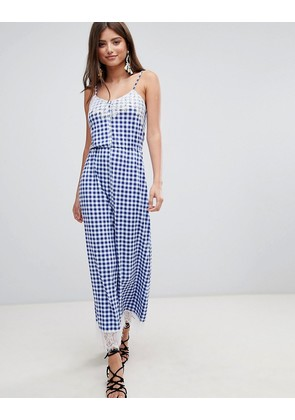 ASOS DESIGN lace trim button front cami jumpsuit in gingham - Blue/white