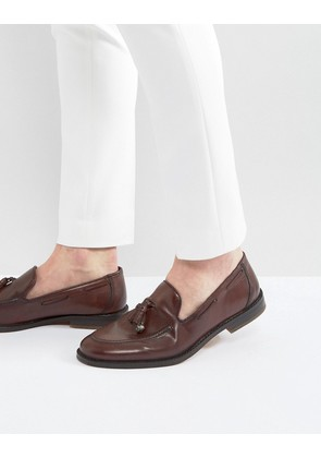 ASOS Loafers In Burgundy With Charm Detail - Burgundy