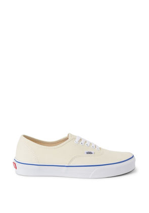 Authentic Shoes - White