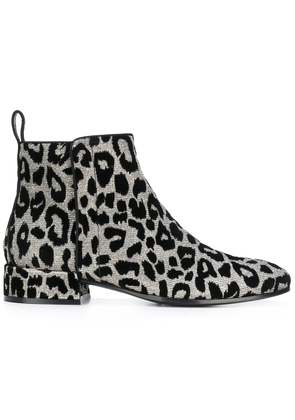 Dolce & Gabbana leopard ankle boots - Metallic
