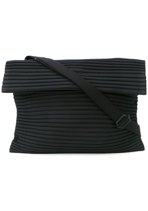 Homme Plissé Issey Miyake pleated shoulder bag - Black