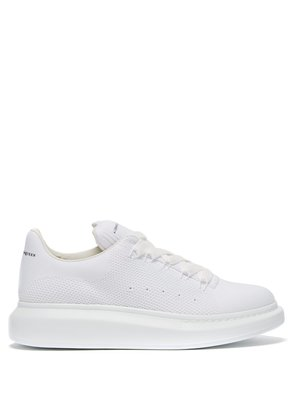 Raised-sole low-top mesh trainers