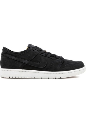 Nike SB Zoom Dunk Low Pro Decon - Black