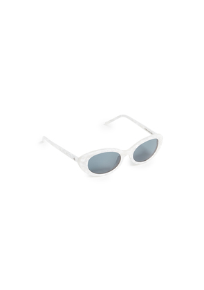 Roberi & Fraud Betty Sunglasses