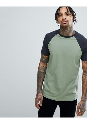 ASOS DESIGN raglan t-shirt with contrast sleeves in green - Washaspara/bal