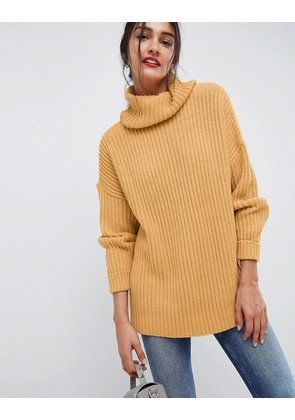 ASOS DESIGN oversized roll neck jumper - Camel