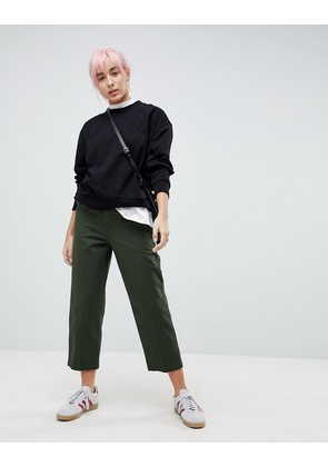 ASOS DESIGN high waisted mom chinos in forest green - Green