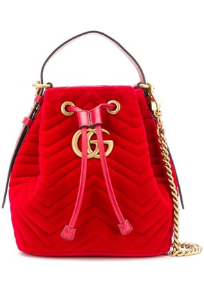 Gucci GG Marmont quilted bucket bag - Red