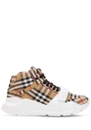 LOW TOP CHECK CANVAS SNEAKERS