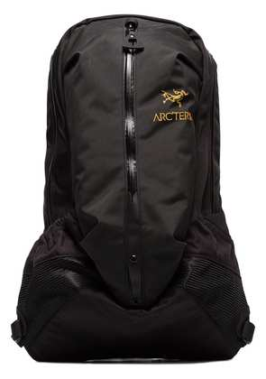 Arc'teryx Arro 22 Backpack with WaterTight Construction - Black