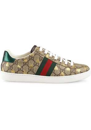 Gucci Ace GG Supreme sneaker with bees - Neutrals