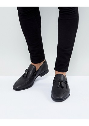 ASOS DESIGN loafers in black faux leather with tassel detail - Black